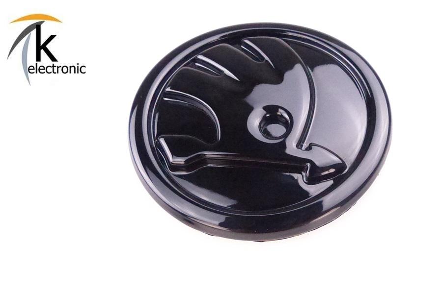 k electronic skoda superb 3v emblem schwarz gl nzend zeichen f r motorhaube front vorne. Black Bedroom Furniture Sets. Home Design Ideas