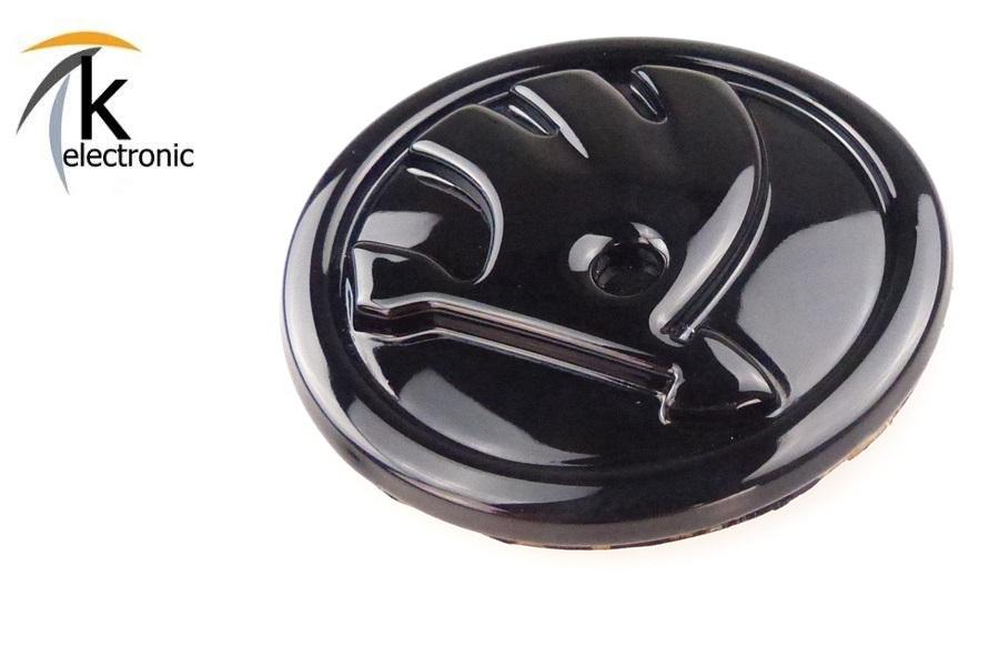 k electronic skoda superb 3t emblem schwarz gl nzend zeichen f r motorhaube front vorne. Black Bedroom Furniture Sets. Home Design Ideas